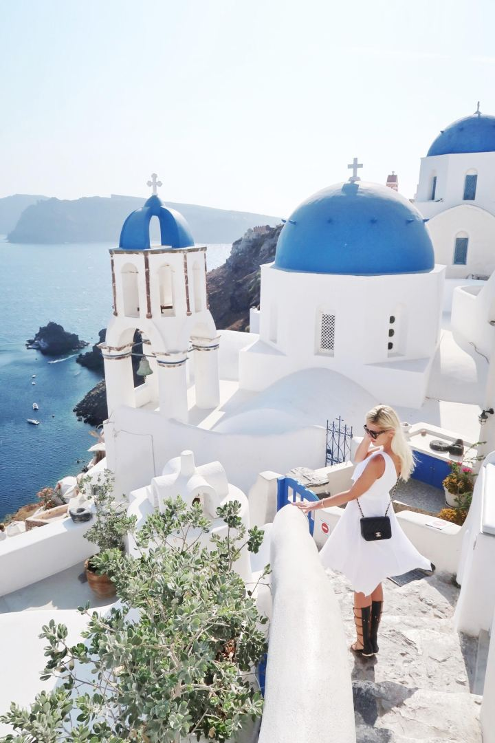 The Instagrammer's Guide to Santorini