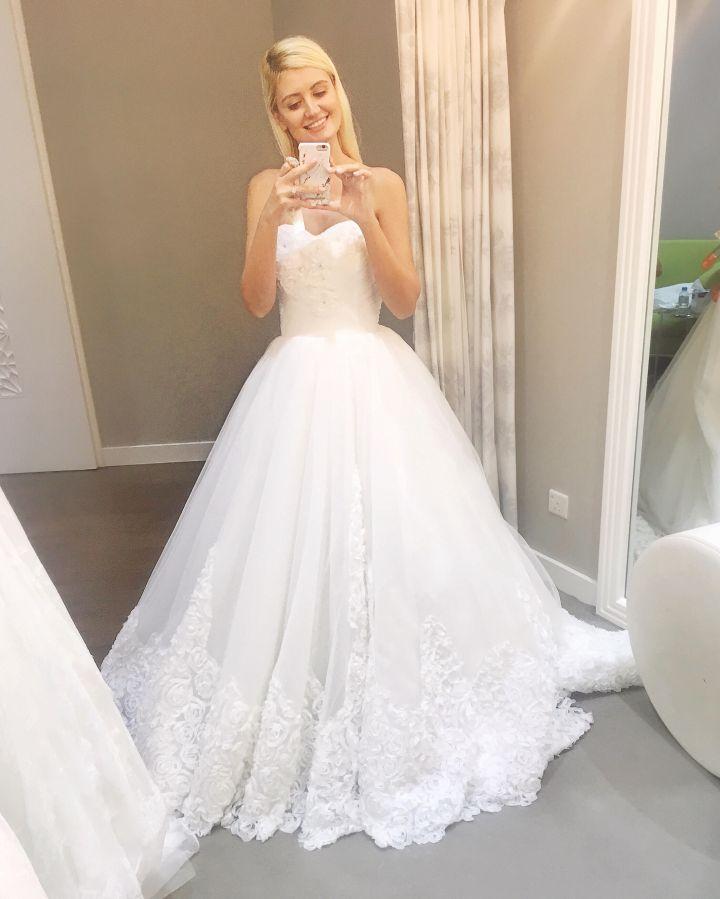 Choosing the perfect wedding dress – Anda\'s Life