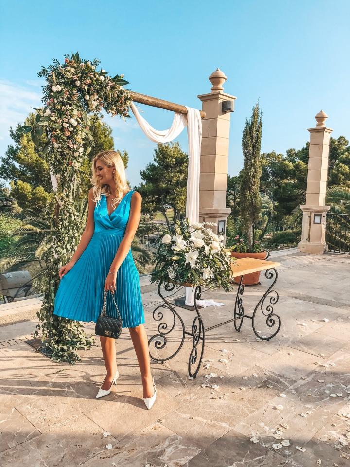 WEDDING GUEST DRESSESIDEAS